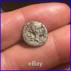 RARE MARC ANTONY Ancient Roman coin AR Quinarius FULVIA 42BC LION RCV1518 1.04g